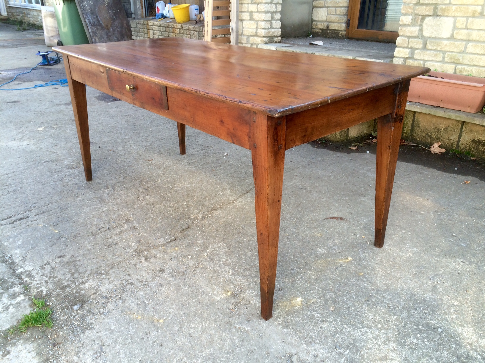 Antique Kitchen Tables – Dedicated to sourcing genuine antique and